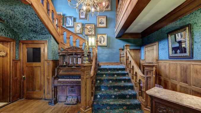 Brumder Mansion Stairwell